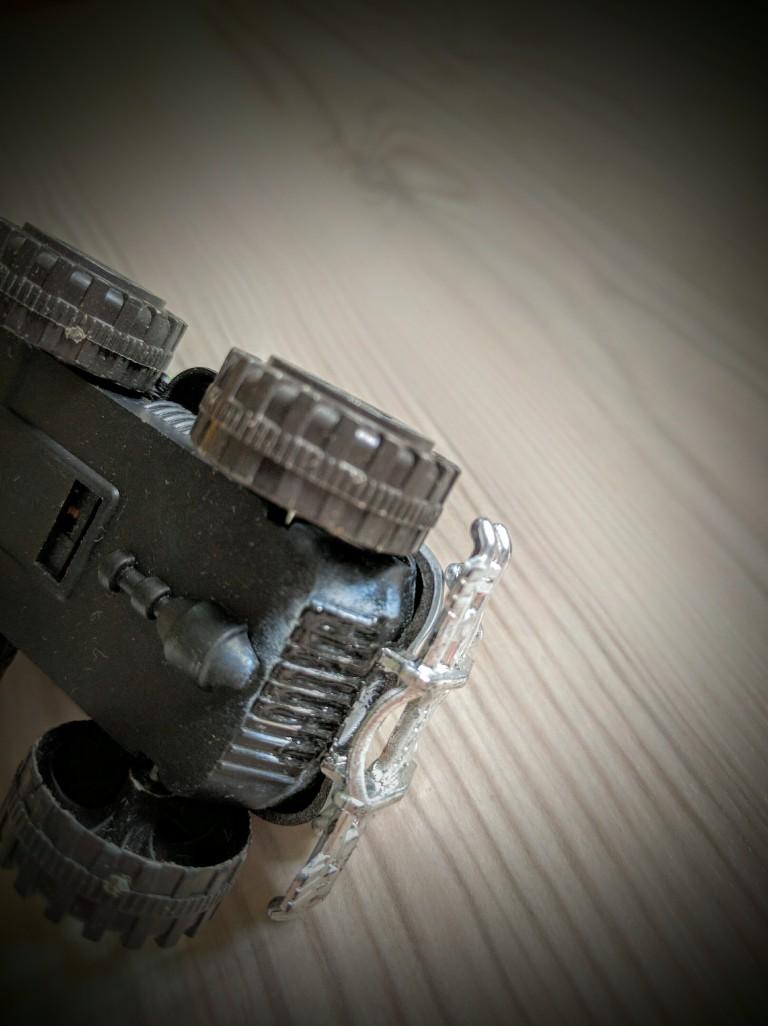 how-to-repair-plastic-toys-008, Repair toys, Repair plastic toys, Cable tie, Super glue