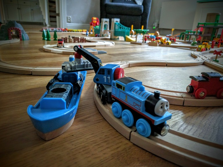 Wooden-train-set-for-kids-003, Brio wooden train, Toy train, Toy wooden train, Thomas & Friends wooden train, Chuggington wooden train, Wooden train set