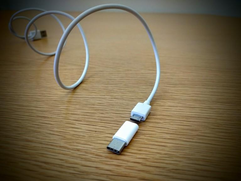 USB typ-C adapter