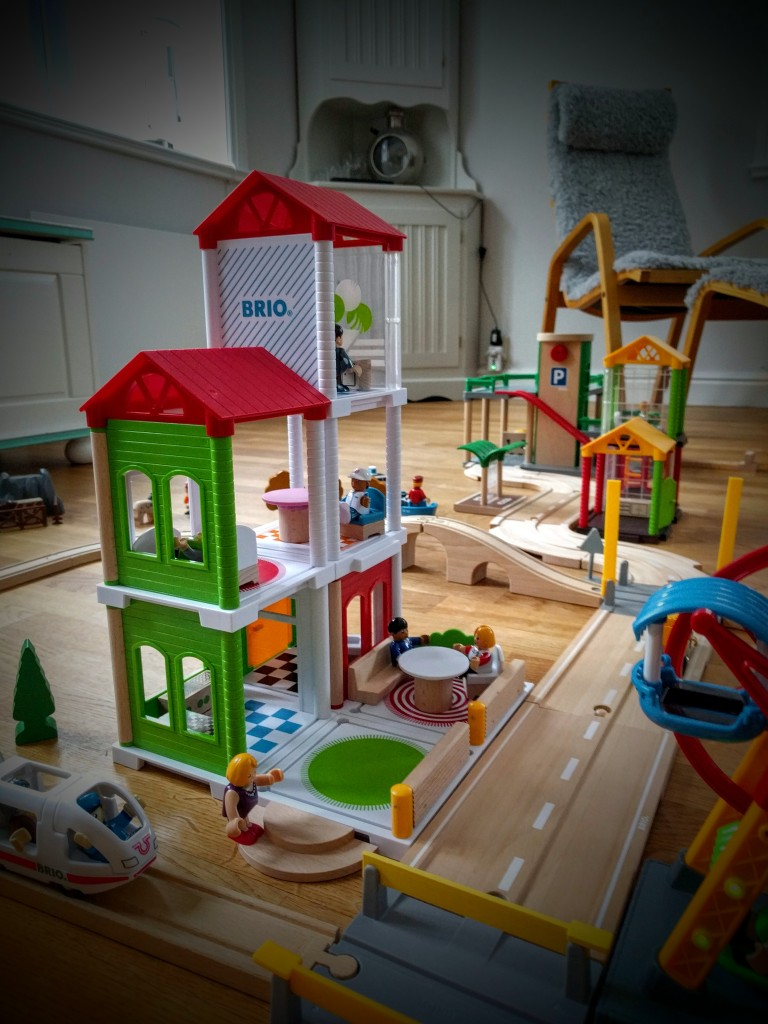 Brio Village, Brio World Village